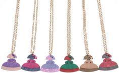 Collares largos de meninas en resina de colores varios muy originales y únicos en www.sonatachic.com #etnico #pulseras #cool #ethinc #sonata #chic #bisuteria #snt #moda #fashion #tendencia #collares #gargantillas #anillos #outfits #complementos #cubrebotas #joyas #broches #tobilleras  #bolsas #expositores #llaveros #accesorios #pelo #gemelos #metal #colgante #cristal #meninas