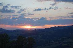 Twitter / @Meghan Mith et Vagabondages: Gorgeous italian sunset in #Pennabili