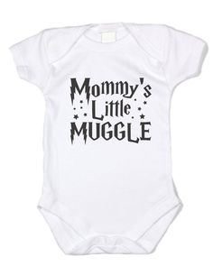"""Mischief Managed"", this Harry Potter style onesie is now available from Baffle and makes a great gift for any new family. - Great Gift Idea for any Harry Potter Fans - Cotton Onesie, Tagless for Harry Potter Baby Clothes, Harry Potter Nursery, Harry Potter Baby Shower, Harry Potter Onesie Baby, Baby Kind, Baby Love, Babyshower, Funny Disney Shirts, Funny Shirts"