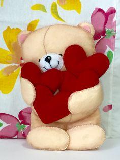 ursinho querido com corações