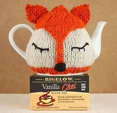 Free Knitting Pattern for a Fox Tea Cosy and see how I Tea Proudly with Bigelow Tea!