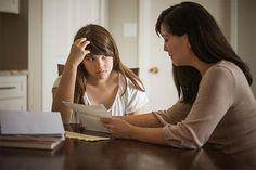 Huiswerk maken   7 jaar 15 min.   10 jaar 29 min. en van 11 tot 12 jaar mag het 30 min. zijn dan boekentas maken voor volgende dag en klaar. Maak er samen met de kinderen iets leuks van.