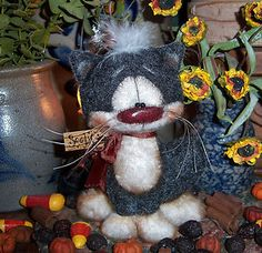 "Primitive Black Fuzzy Sitting Cat Bear 5"" Kitten Doll Vtg Patti's Ratties Ornie"