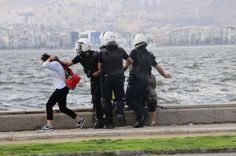 In Izmir more than 20 people were arrested for tweeting and re-tweeting this photo.