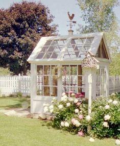 A very pretty greenhouse design idea!