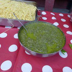 Pesto av skvallerkål eller andre ville vekster