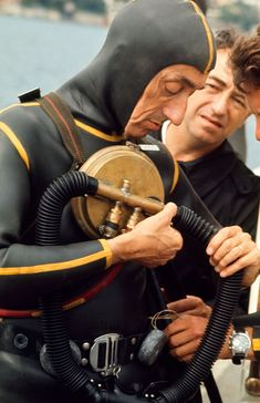 Marine explorer Jacques Cousteau tests his breathing apparatus before a dive off the coast of Monaco. Cousteau helped develop the first SCUBA diving regulator the Aqua-Lung. Surf, Scuba Diving Pictures, Diving Regulator, Jacques Yves Cousteau, Paris France, Scuba Diving Gear, Sea Diving, Scuba Diving Equipment, Best Scuba Diving