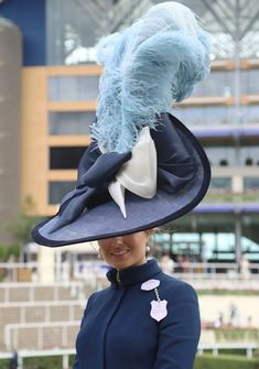Race Day Hats, Order Of The Garter, My Fair Lady, Kentucky Derby Hats, Wearing A Hat, Love Hat, Royal Ascot, Outfits With Hats, Cool Hats