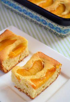 Perzik plaatcake - Laura's Bakery