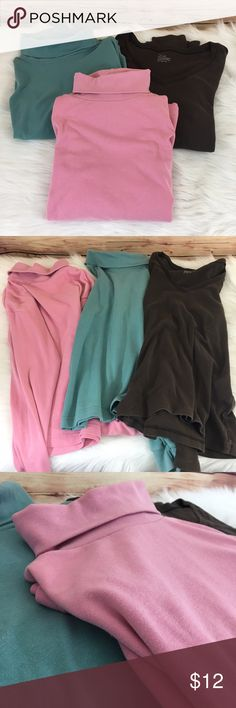 Set of 3 long sleeved tops (preloved) Size: S (seafoam), S (pink), fits like S (brown tag is worn off) Brand: Trend Basics Color: seafoam green, pink, brown Details: seafoam green and pink are turtlenecks, brown is vneck cut Condition: preloved • piling, some light spots but too small to photograph. Need measurements? Just ask. ✨Build a bundle with all your likes and use the automatic bundle discount -or- make me an offer✨ Trend Basics Tops Tees - Long Sleeve