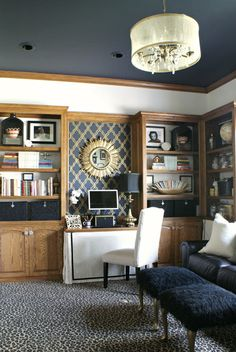 Good use of paint with oak trim. {Martha Stewart Wrought Iron} Painted ceiling with oak trim Living Room Carpet, My Living Room, Living Spaces, Martha Stewart, Honey Oak Trim, Oak Bookshelves, Book Shelves, Oak Wood Trim, Navy Walls