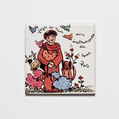 Azulejo em Cerâmica. Peça ilustrada com desenho feito a mão pela artista plástica Patricia Virmond. Medidas: 9,5 x 9,5 cm