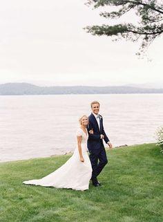 Couple on Lake Winnipesaukee    Photography: Tec Petaja   Read More:  http://www.insideweddings.com/weddings/childhood-friends-celebrate-wedding-at-marriott-familys-lake-house/866/