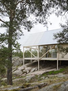 Completed in 2016 in Värmdö NV, Sweden. Images by Mikael Olsson. A landscape of stone cliffs, wind bent pine trees, heather, and a forest floor of lichen and wild berries - this sparse yet rich site, coupled with a...