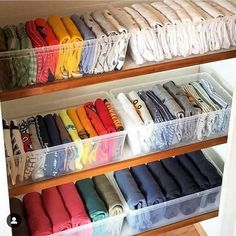 What the kids closets look like after mom watches on Netflix — 💁♀️👩 organization diy hacks 18 Completely Genius Home Organizing Hacks from Japan Organisation Hacks, Organizing Hacks, Wardrobe Organisation, Clothing Organization, Storage Organization, Storage Ideas, Small Storage, Storage Design, Organising