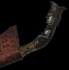 Piso Sanalenggam Sword Dated: 19th century Culture: Pakpak Batak People, North Sumatra, Indonesia Source: Copyright © 2013 Michael Backman Ltd.