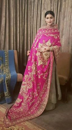 Pakistani Wedding Outfits, Indian Bridal Outfits, Indian Party Wear, Indian Fashion Dresses, Pakistani Bridal Dresses, Dress Indian Style, Pakistani Dress Design, Indian Wear, Indian Attire