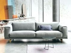 Designed by design duo Anderssen & Voll, the Muuto Rest Three Seater Sofa is a warm, curvaceous interpretation of a classic shape. Sofa And Loveseat Set, Three Seater Sofa, Modern Contemporary Living Room, Furniture Sofa Set, Classic Living Room, Scandinavian Furniture, Living Room Sets, Living Area, Sofa Design