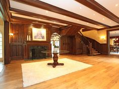 Victorian Gothic interior style: Gothic interior design