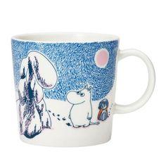 Arabia – Mumin Becher – Crown Snow Load – Winter-Becher 2019 – Moomin Produkte z… – Kindermode sommer Moomin House, Moomin Shop, Moomin Mugs, Design Shop, Les Moomins, Tove Jansson, Scandinavian Interior Design, Zeppelin, Original Artwork