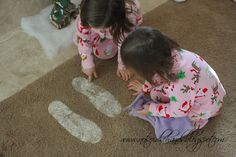 Santa Footprints = Baking soda and Glitter ... What a way to keep the magic alive! I hope I remember this someday!