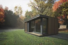Award-winning modern garden office pods, ecological studios & contemporary ecopods for gardens, commercial & public sectors. Backyard Office, Outdoor Office, Backyard Studio, Garden Office, Outdoor Living, Prefab Homes, Modular Homes, Eco Homes, Office Pods
