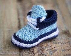 Crochet Pattern Baby Boy Booties Baby Boy by HandHeartandSole