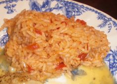 I made this rice and was delicious. Creamy, aromatic, and slightly sweet. Found this recipe by Emeril on Food Network, posting for ZWT. To be made as an accompaninment to recipe Portuguese Rice, Portuguese Desserts, Portuguese Recipes, Rice Recipes, Casserole Recipes, Risotto Recipes, Savoury Recipes, Easy Recipes, Recipies