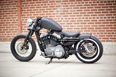 Harley Davidson News – Harley Davidson Bike Pics Harley Nightster, Harley Davidson Sportster 1200, Harley Davidson Bikes, Honda Bobber, Retro Cafe, Bike Life, Motorbikes, Iron, Motorcycles