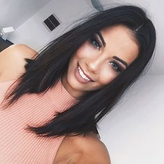 Related posts:Black shirt with a beautiful patternGoing to a rider with my new nailsFashion & style with a lady Hair Day, New Hair, Medium Hair Styles, Short Hair Styles, Langer Bob, Haircut And Color, Long Bob Hairstyles, How To Make Hair, Brunette Hair
