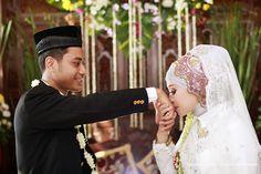 Syahdu nya foto pernikahan pasangan manten jawa muslim di klaten