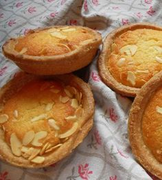 The English Kitchen: Bakewell Tarts Sweet Recipes, Whole Food Recipes, Cooking Recipes, Australian Sweets, Macaron Recipe, Tarts Recipe, Bakewell Tart, British Baking, English Food