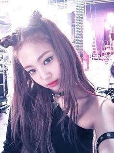 Jennie (Black Pink) - Idol Hàn đổi màu tóc nào là 'sốt xình xịch' màu tóc đấy - Ảnh 6