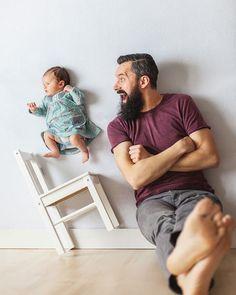 Yeni Doğmuş Kızı ile Oyun Oynayan Babanın Eğlenceli Fotoğrafları (Photoshop İçermez)