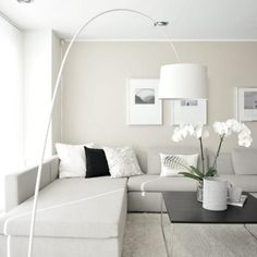Broken, dirty or bone white paint - House and Color Room, Living Room Color, Paint Colors For Living Room, Home Decor, Apartment Decor, Interior Design Living Room, Home Interior Design, White Paint House, Home Decor Furniture