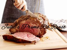 Get Prime Rib Roast with Red Wine Au Jus Recipe from Food Network Rib Recipes, Roast Recipes, Cooking Recipes, Healthy Recipes, Rib Roast Recipe, Prime Rib Recipe, Roast Beef, Beef Tenderloin, Prime Rib Roast