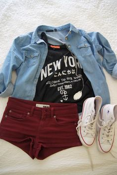 maroon shorts, black tee, chambray, high tops.