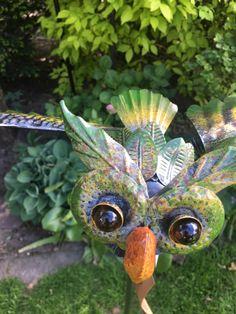 Tuinsteker uiltje   Windmolen & tuinsteker   Steeg80 moestuin enzo Owl, Bird, Animals, Spirals, Animales, Animaux, Owls, Birds, Animal
