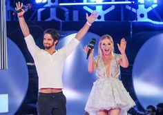 Pin for Later: Die Stars feiern eine riesige Party bei den Much Music Video Awards Tyler Posey und Liz Trinnear