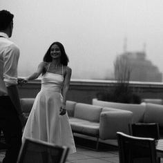 Black and White Photography – Couples Tips – Black and White Photography Love Couple, Couple Goals, Look 80s, Black N White, Hopeless Romantic, Couple Pictures, Relationship Goals, Relationships, Foto E Video