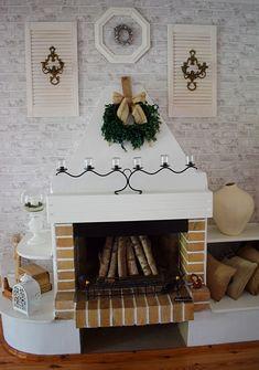 dekoracja drzwi ażurowe, drzwi, wood  door, farmhause, diy, blog o szyciu, dekoracja kominka, kominek,