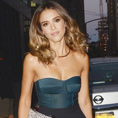 Day and Night Fashion: Jessica Alba Shows Us Two Ways to Wear a Bustier Top