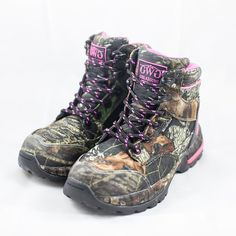 Our Girls with Guns @mossyoak Hunting Boots are NOW LIVE at http://www.gwgclothing.com/hunting/footwear!