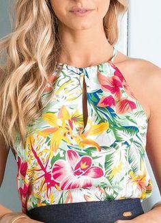 item 3 do carrosel de imagens Fashion Moda, Womens Fashion, Fashion Tips, Sewing Blouses, Fashion Design Drawings, Blouse Styles, Dress Codes, Shirt Blouses, Lounge Wear