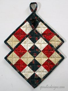 Holiday potholders are a fun and colorful addition to any kitchen. This one of a kind set is made with cotton Christmas themed fabrics that all have gold Potholder Patterns, Quilt Block Patterns, Quilt Blocks, Apron Patterns, Dress Patterns, Crochet Patterns, Small Quilts, Mini Quilts, Hot Pads
