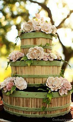 Barrel 3 tier cake