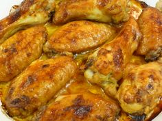 Versatile, economical zesty orange chicken wings can be served as a quick and easy snack or a meal. Chicken Tenders, Chicken Wings, Easy Snacks, Easy Meals, Peri Peri Chicken, Light Recipes, Easy Recipes, Ideal Protein, Orange Chicken