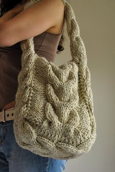 Soul of a Vagabond - classic cable knitted cream shoulder bag - by eveldasneverland on etsy - inspo (hva)