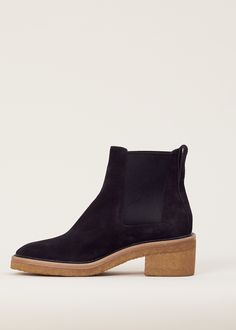 ea1e9976fc739 Dries Van Noten Crepe Sole Suede Chelsea Boot (Black)
