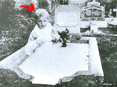 a ghost child in, what I belive is, the Chicago Cemetary